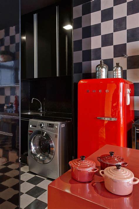 funky kitchen appliances  brighten   kitchen