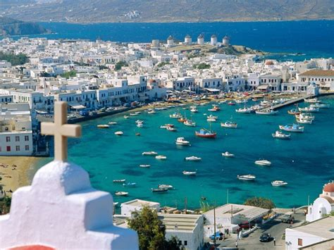 Greece Shines In Condé Nast Travelers Readers Choice