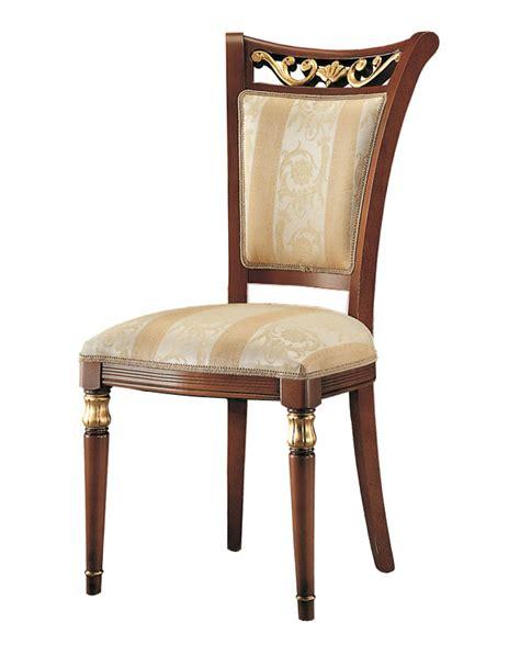 chaise classique le monde de l 233 a
