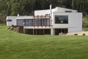 Reinforced Concrete Slab Houses