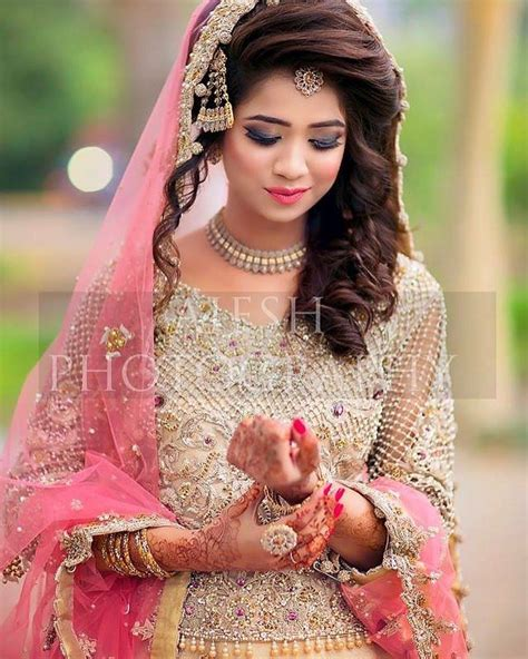Pakistani Bridal Dresses 2018  Latest Mehndi, Barat. Sweetheart Mermaid Wedding Dresses With Bling. Pink Wedding Dress For Bride. Vintage Wedding Dresses North Yorkshire. Wedding Dresses Pin Up Vintage. Lds Wedding Dresses Australia. Wedding Dress Short Color. Wedding Dresses In Blue And White. 35 Most Stunning Celebrity Wedding Dresses Of All Time