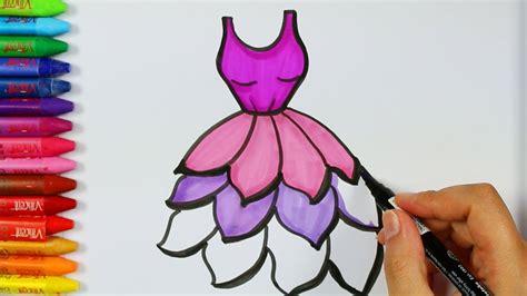 0 calificaciones0% encontró este documento útil (0 votos). Cómo dibujar vestido morado - Cómo dibujar y colorear los ...