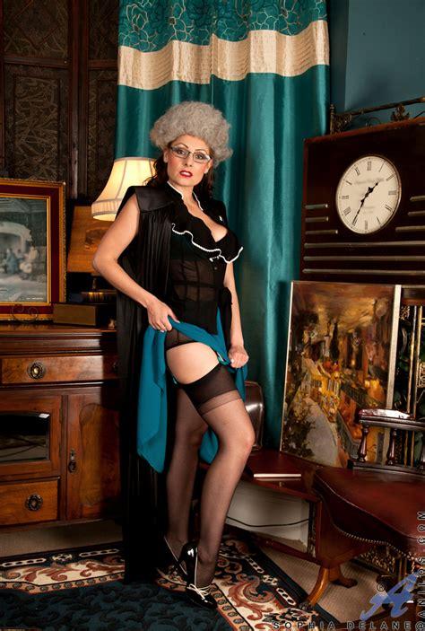 Classy Milf Sophia Delane Plays Naughty Dress Up Ass Point