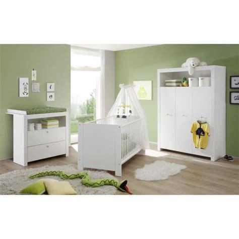 chambre bebe en pin chambre bébé complète 3 pièces lit armoire