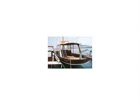 gozzo cabinato diesel bergamini gozzo cabinato in puglia barche a motore usate
