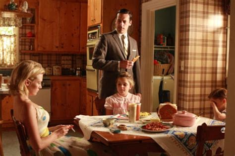 Kitchen Theme Ideas Red by Mad Men S Rising Star Is A Red Carpet Princess Has A