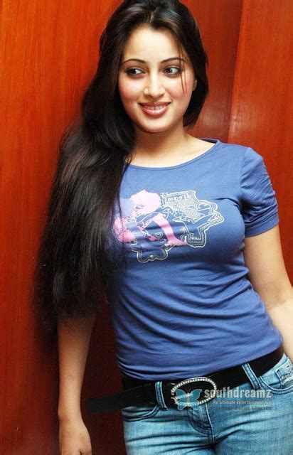 OnLy AcTrEsS: Navneet Kaur Hot Cleavage Show Photoshoot in Jeans