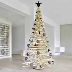 Weihnachtsbaum Aus Holzlatten : diy weihnachtsbaum aus holzlatten gruppenboard familienblogs sterreich weihnachtsbaum baum ~ Frokenaadalensverden.com Haus und Dekorationen