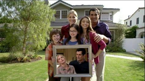 modern family episodes ariel winter photos photos modern family season 3