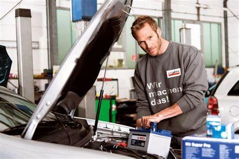 autobatterie laden ohne ausbau autobatterie laden 5 tipps f 252 r einen pannenfreien winter ratgeberzentrale