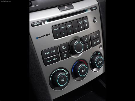 Holden VE Commodore Omega (2006) - picture 44 of 45