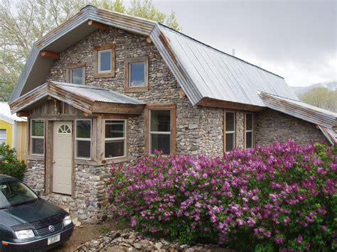 Slipform Stone Masonry Building A Slipform Stone House