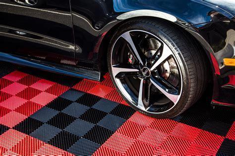 """IncStores Nitro Vented Garage Floor Tiles 12""""x12"""" Basement"""