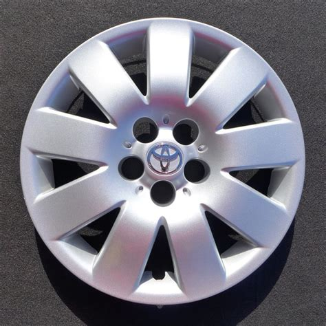 Toyota Hubcaps by 1000 Images About Toyota Hubcaps Wheel Covers On