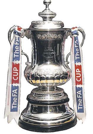 fa cup semi final draw united  face everton