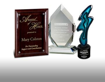 custom engraved crystal awards employee recognition