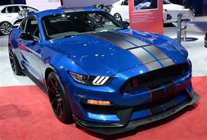 Industry Experts Believe Next Ford Shelby GT500 Mustang to Target ZL1, Not Hellcat | Torque News