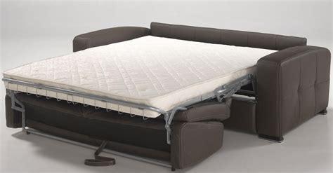canapé lit pas cher but canapé lit convertible couchage quotidien pas cher