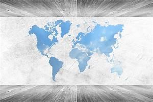 Carte Du Monde En Bois : couleur blanche int rieure en bois de pi ce de mur et de plancher avec la carte du monde photo ~ Teatrodelosmanantiales.com Idées de Décoration