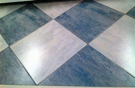 Ceramic Tile Flooring by Ceramic Vs Porcelaintile Which Flooring Should You Choose