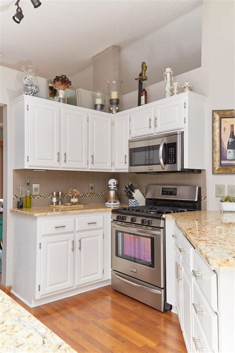 Paint Your Kitchen by The Best Way To Paint Your Kitchen Cabinets