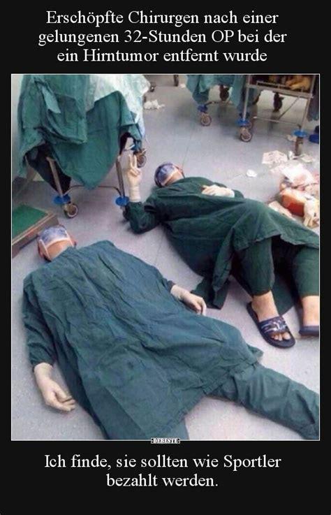 erschoepfte chirurgen nach einer gelungenen  stunden op