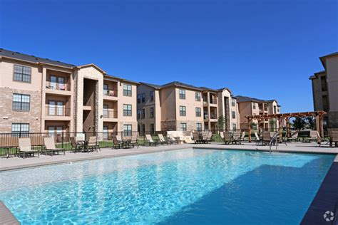 Waterford Lakes Apartments