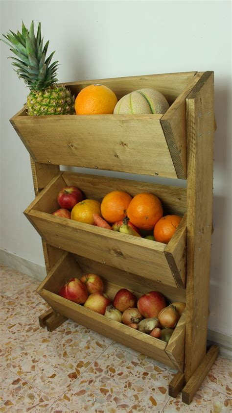 build  market style wooden fruit holder