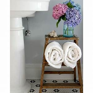 18 game changing bathroom storage and decorating ideas for Good housekeeping bathrooms