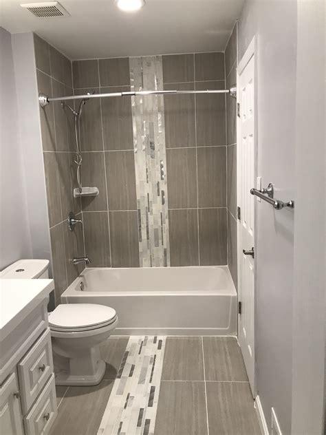 finished bathroom diseno de banos diseno banos pequenos remodelar banos