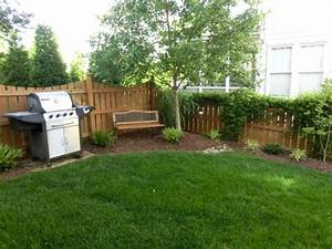 Simple front garden design ideas front yard landscape for Simple small backyard landscaping ideas