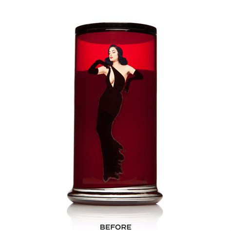 dita von teese candle scandalwood candle heretic parfum