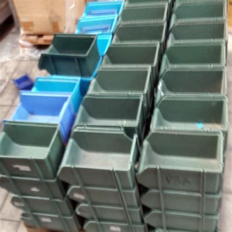 scaffali di plastica contenitori in plastica usati