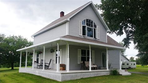 Remodeled Country Home Sold By The Burton's! 613 Mourning