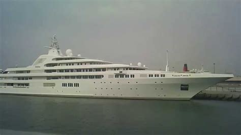Big Boat Dubai by Worlds Largest And Most Luxury Yachts Yacht Dubai