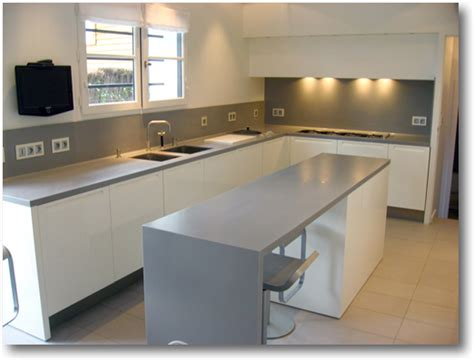cuisine blanc plan de travail gris belle cuisine nous a