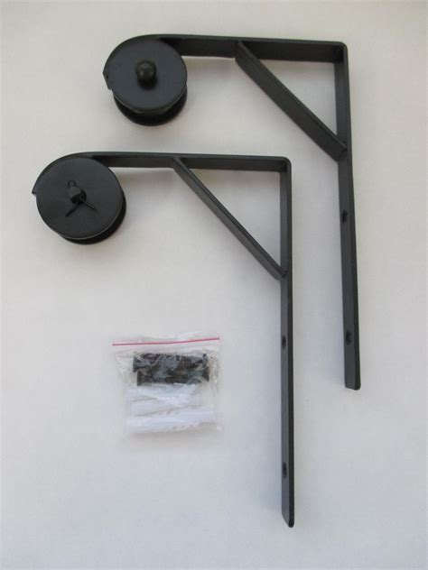 wall mount bracket and pulley of 2 for hanging