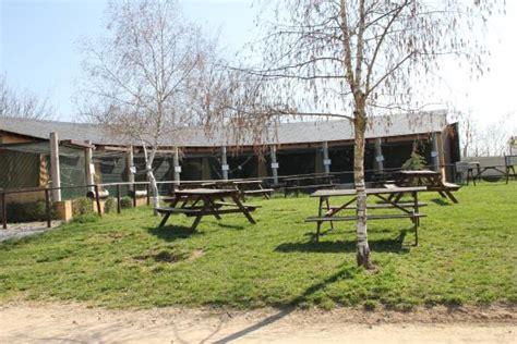 table pique nique ronde aire de jeux picture of parc animalier de pradinas pradinas tripadvisor