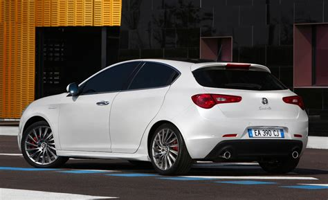 2014 Alfa Romeo Giulia Sedan Coupe