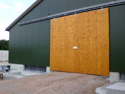 Garage Scheune Kaufen by Schiebetore Aus Holz Allemann 174 Gmbh Holz U Metallprodukte