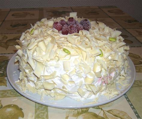 cuisiner le mont d or recette de gâteau aux framboises et au chocolat blanc la