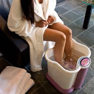 feat in the bathtub leg and foot bath massager with heat pink