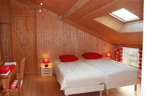 chambres d hotes dans l ain chambre framboises val 39 reley maison d 39 hôtes écologique
