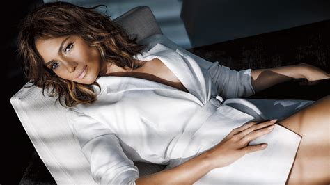actress jennifer lopez wallpaper jennifer lopez tv guide hd celebrities 7753