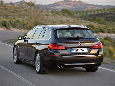 Bmw 5 Series Touring Wallpaper by Bmw 5 Series Touring 2014 Picture 47 1600x1200