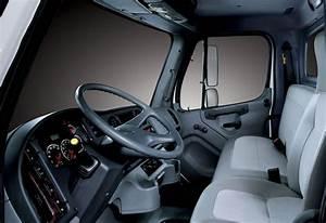 2016 Freightliner M2 Fuse Box Location
