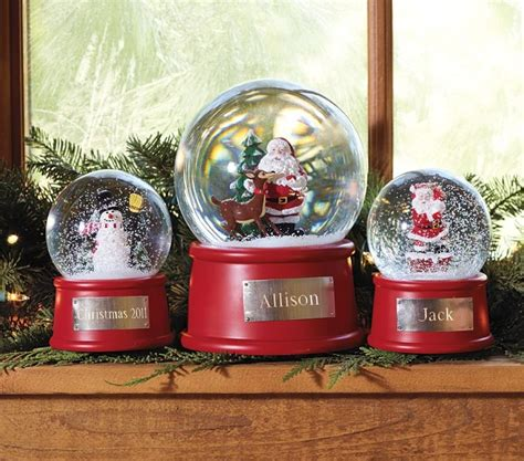 traditional christmas snowglobes 150 best images about snow globes on water globes ornaments and musical snow globes
