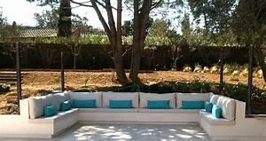 Banquette Bois Exterieur : coussins voilage rideaux tapissier tete de lit sur mesure couturier ~ Farleysfitness.com Idées de Décoration