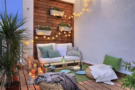 ways       tiny apartment balcony