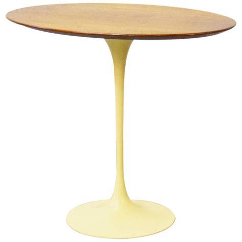 knoll saarinen side table early eero saarinen for knoll oval tulip side table for